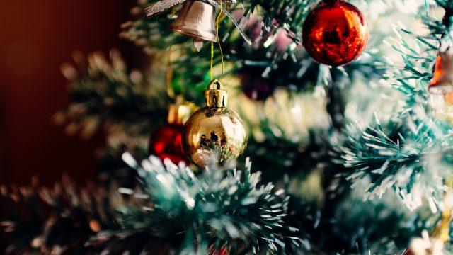https://www.heimwerk24.de/wp-content/uploads/2018/12/christmas-tree-1149619_1920-640x360.jpg